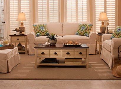 Lakeside casual living room collection design tips for Casual living room furniture ideas