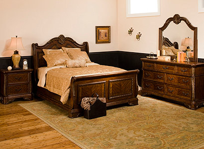 Catalina Traditional Bedroom Collection