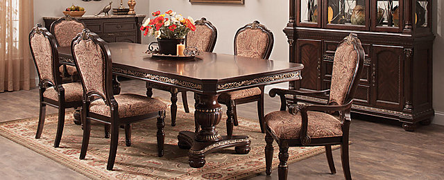 Regal Manor Traditional Dining Collection
