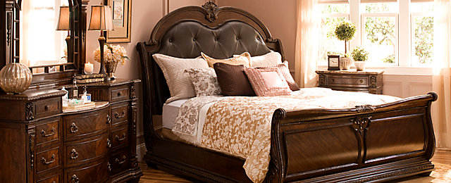 Wilshire Traditional Bedroom Collection | Design Tips & Ideas ...