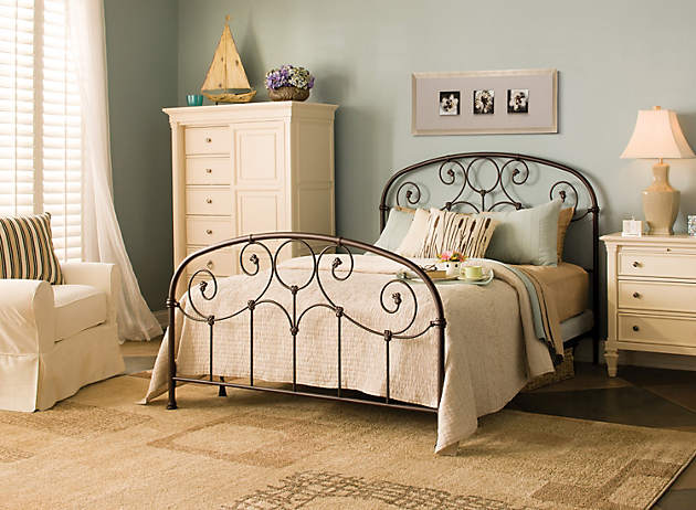 Ready Set Decorate Get This Look Raymour And Flanigan Furniture Design Center