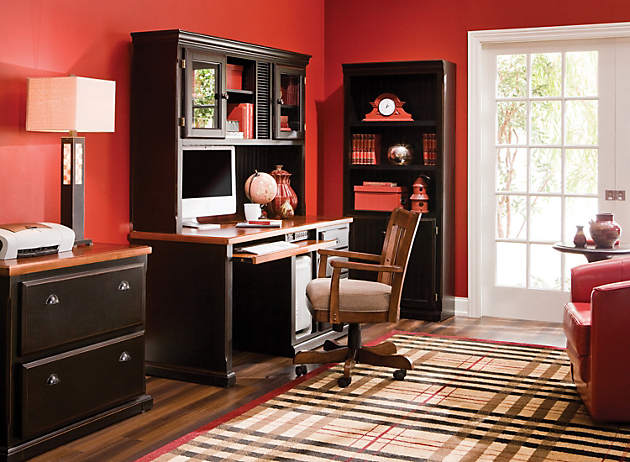 red home office. If You Love Bold Reds, Try Featuring Them In Your Home Office For An Overall Effect That\u0027s Pleasing To The Eye. This Room, There Are Very Few Values Red