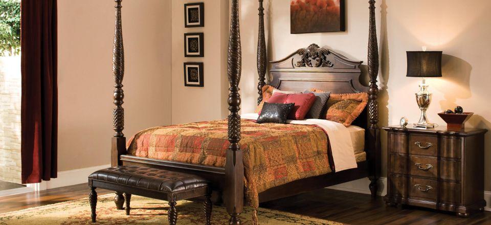 Belmont Queen Poster Bed